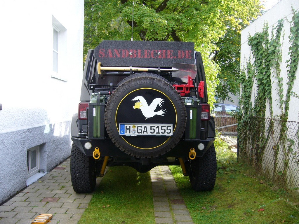 kanister jeep